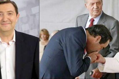 """Losantos se la devuelve a José Bono: """"Yo seré el diablo, [...] pero tú casi le arrancas la mano al Papa con tal de aparecer en la foto"""""""