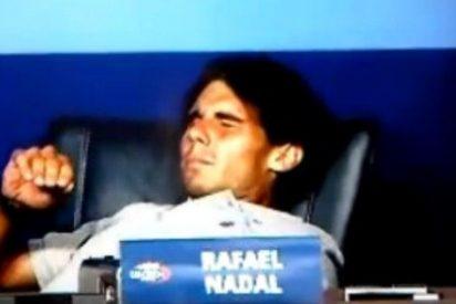 Rafa Nadal se retuerce por un calambre en plena rueda de prensa del US Open