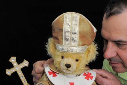 El peluche del Papa