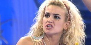 """Chari ('GH12'), desnuda en 'Primera Línea': """"He querido pagar a un hombre para que me deje satisfecha en el sexo"""""""