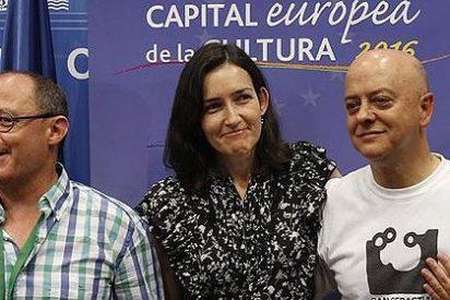 Enrique Dans 'descuartiza' a la ministra Ángeles González-Sinde