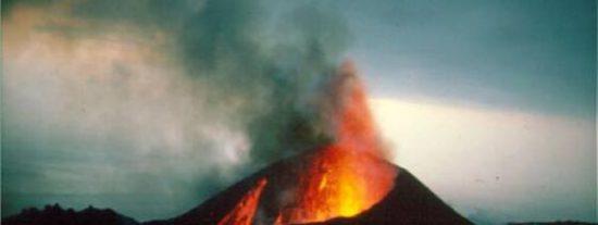 La isla de El Hierro está en alerta por riesgo de erupción volcánica
