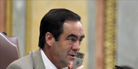 Nuevo sableo de Bono al presupuesto del Congreso: dos millones en telefonía móvil