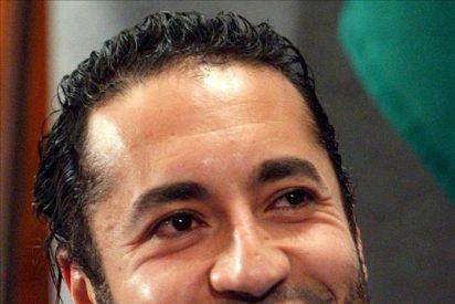 El hijo futbolista de Gadafi, 'horrorizado' por la 'ejecución' de su padre