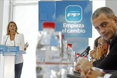 """Cospedal dice que si gana el PP, """"el 20N será el primer día del final de la crisis"""""""