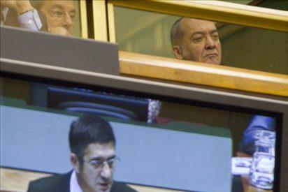 Los firmantes del Acuerdo de Gernika piden reunirse con el Lehendakari y la presidenta navarra