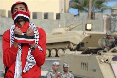 Miles de personas protestan en Egipto para exigir cambios en la ley electoral