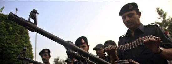 Una docena de muertos por el ataque a un autobús en el este de Pakistán
