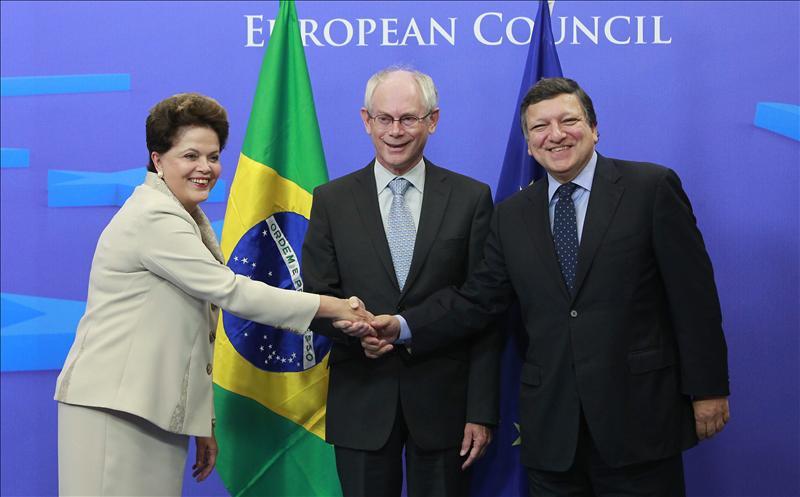 Rousseff firmará varios acuerdos de cooperación en la cumbre con la UE