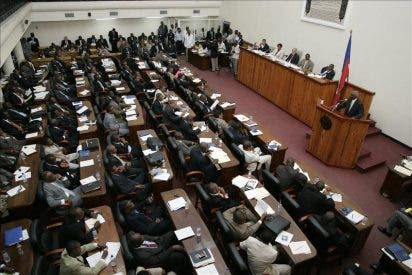 Haití ya tiene primer ministro al ratificar el Senado a Garry Conille