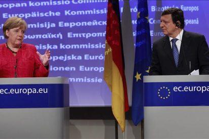 Merkel dispuesta a revisar el Tratado de la UE si ayuda a reforzar la estabilidad de la zona euro