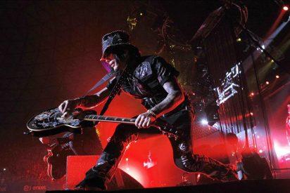 Guns N' Roses seduce al público chileno con rock duro y potentes guitarras