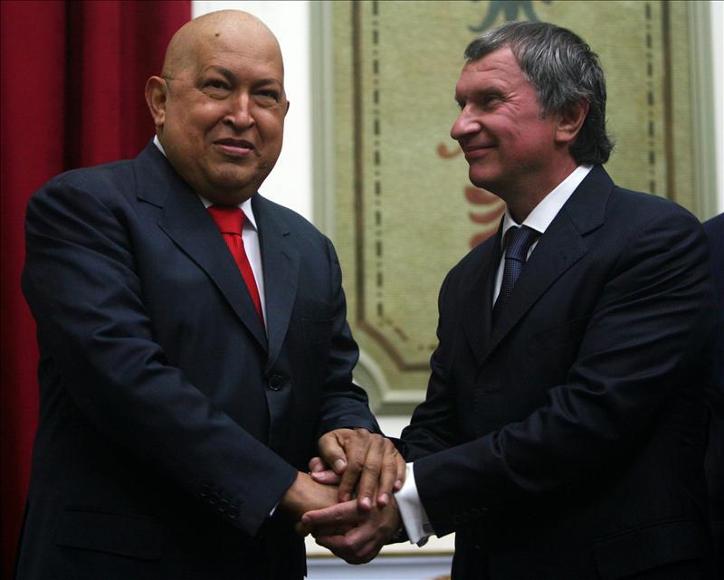 """Chávez propone crear una organización de """"gigantes petroleros"""" sin afectar la OPEP"""