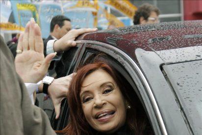 """Demostración de fuerza de la presidenta argentina en la """"capital"""" del peronismo"""
