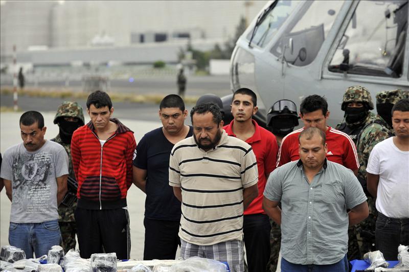México supera las 10.000 muertes violentas en 9 meses de 2011, según un diario