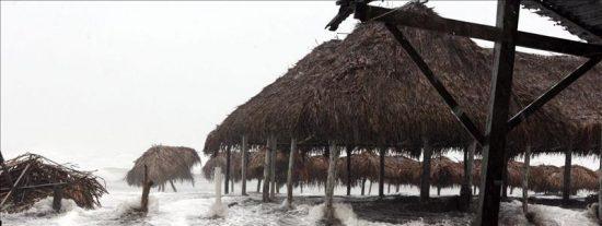 """Tormenta """"Jova"""" se intensifica en el Pacífico y huracán """"Irwin"""" pierde vigor"""
