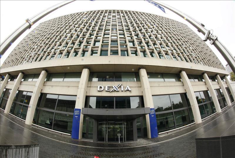 Bélgica, Francia y Luxemburgo a punto de dividir Dexia y crear un 'banco malo'