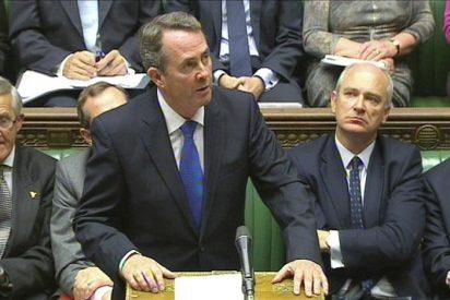 El cuestionado ministro británico de Defensa se defiende en el Parlamento