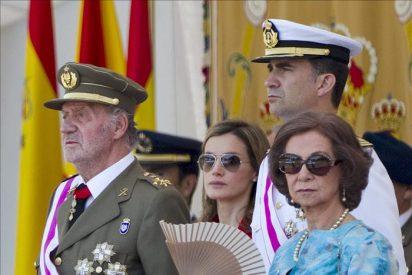 Los Reyes presiden el desfile del 12-O con instituciones y museos abiertos