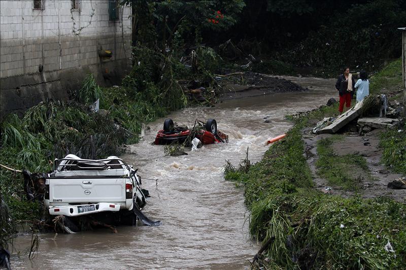 Las intensas lluvias causan doce muertos en Guatemala