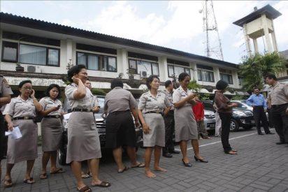 Un seísmo de 6 grados azota las aguas frente a Bali y causa 50 heridos