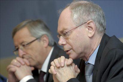 Papandréu, Juncker y Van Rompuy preparan hoy en Bruselas la cumbre del día 23