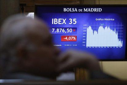 El IBEX cae el 0,42 por ciento lastrado por los bancos y los grandes valores