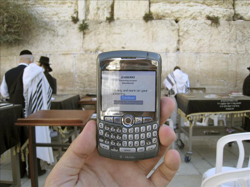 Blackberry anuncia que ha restaurado todos sus servicios