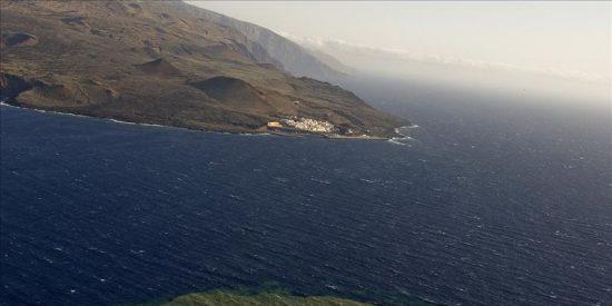 Manchas de la erupción volcánica se acercan a 1,85 kilómetros de La Restinga