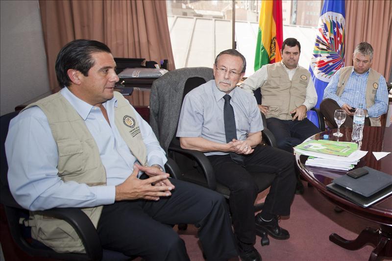 Elección judicial revelará el apoyo a Morales mientras la oposición denuncia fraude