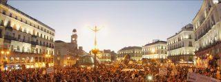 Los indignados vuelven a Sol con la llama encendida en un millar de ciudades