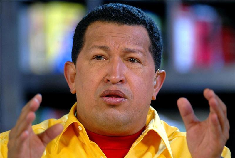Chávez atribuye las protestas de los 'indignados' a la pobreza que golpea a la clase media