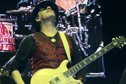 Carlos Santana hace 'rugir' a los mexicanos en un concierto benéfico