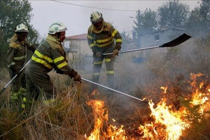 El incendio A Peroxa deja el nivel uno en una jornada con cuatro incendios en Ourense