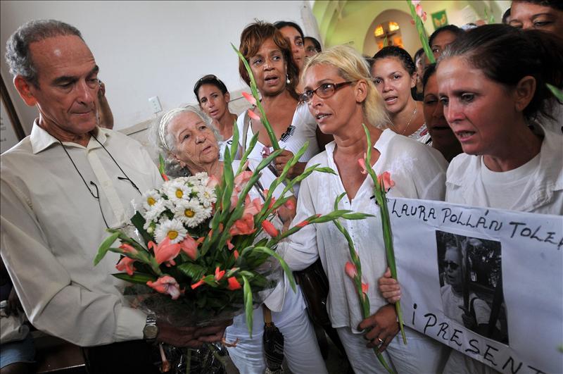 Las Damas de Blanco dicen que su lucha continúa en la primera marcha sin Pollán