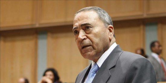 El rey de Jordania nombra nuevo primer ministro para aliviar la crisis política