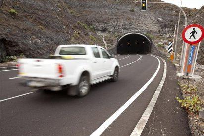 Se abre el túnel de Los Roquillos y no hay cambios en la evolución del volcán