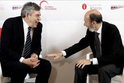 Brown apoya a Rubalcaba y alaba su compromiso con las reformas y el empleo