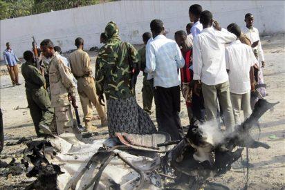 Asciende a cinco la cifra de muertos en el atentado con coche bomba en Mogadiscio