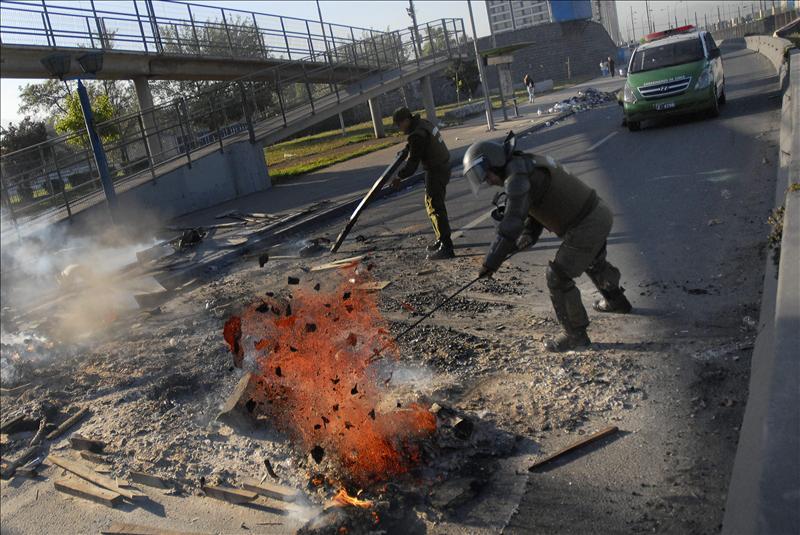 Nuevos disturbios en Chile pese al aviso del Gobierno de que endurecerá la mano