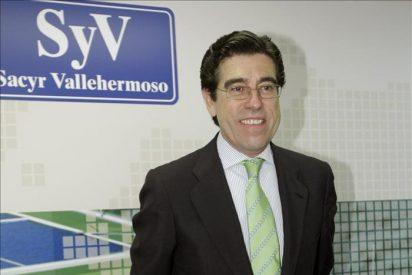 El nuevo presidente de Sacyr, Manuel Manrique, se reúne con el presidente de Repsol