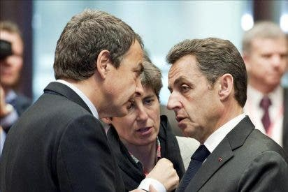 """Zapatero ve """"acertado"""" que Sarkozy coloque a España fuera de la """"primera línea"""" de la crisis"""