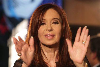 Tras el triunfo electoral, Fernández dice que seguirá la misma senda