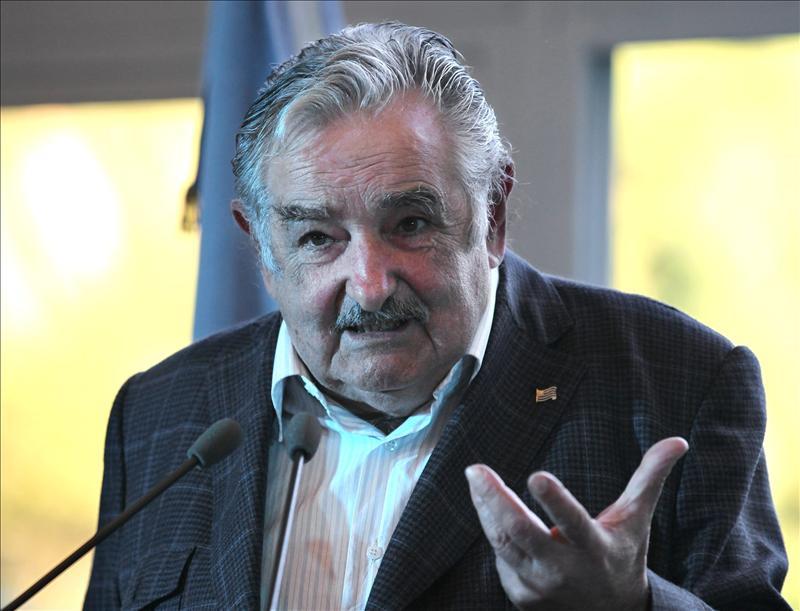 Mujica promulga la ley que evita la prescripción de los crímenes de la dictadura