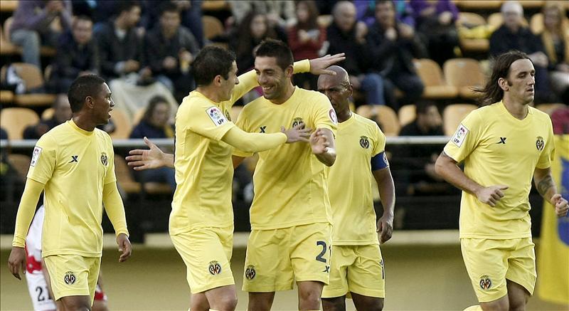 2-0. El Villarreal respira tras ganar a un Rayo sin mordiente