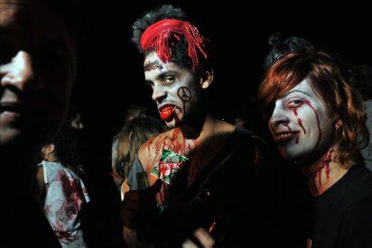 """Cineastas disfrazados de zombis """"asaltan"""" un pueblo de Cuba"""