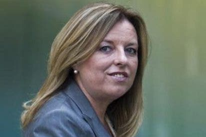 La ex directora general de la CAM se apunta al paro