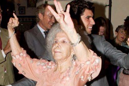 Ausencias notables, prohibición a los medios y bailes inesperados: Luces y miserias de la boda de la Duquesa de Alba