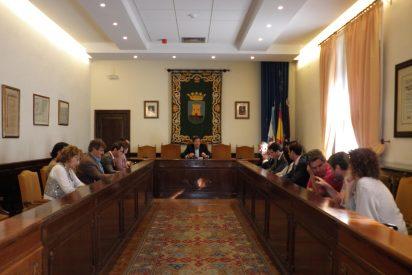 Lago preside la primera reunión de la Mesa Local por el Empleo
