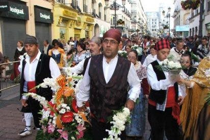 400.000 personas participan en la ofrenda a la Virgen del Pilar